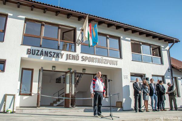 o-buzanszkyjeno-sportkozpont-pnt-2942136F6-9154-61ED-B286-9F49421DC890.jpg