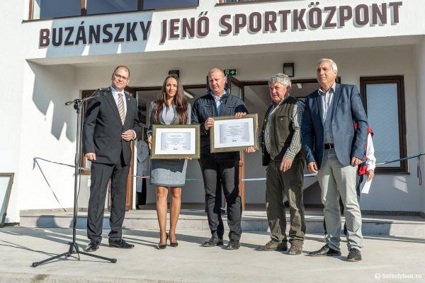o-buzanszkyjeno-sportkozpont-pnt-4E3836B07-CE54-93F1-0961-D060EC4F6200.jpg